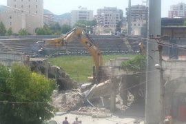 Lamtumirë Stadiumi Qemal Stafa — video e prishjes