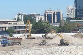 Stadiumi Qemal Stafa kthehet në impiant inertesh
