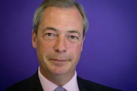 Brexit, kreu i UKIP Farage jep dorëheqjen pas fitores
