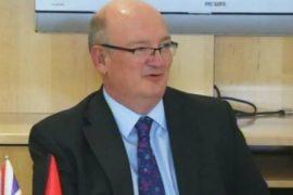 Ambasadori britanik: Kanabisi është problem serioz – Pikat kryesore të intervistës