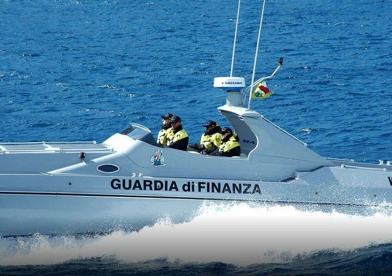 Itali, kapen 600 kilogramë kanabis, arrestohen dy skafistë shqiptarë