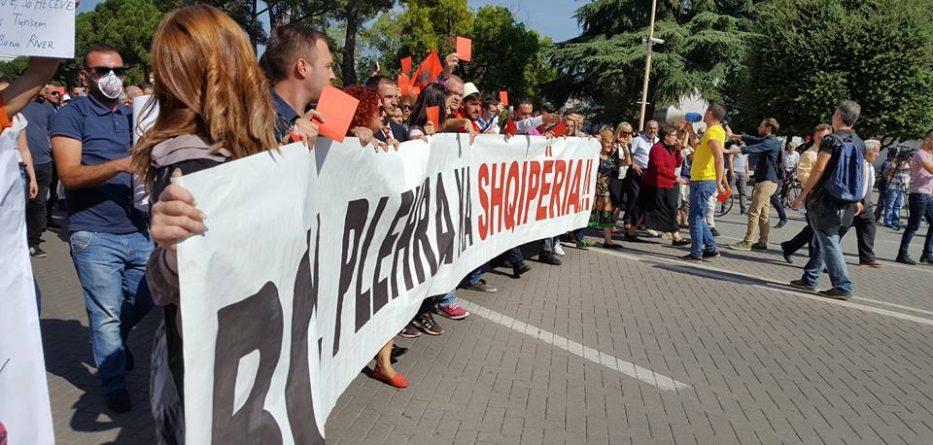 Pohimet e politikanëve për protestën kundër importit të mbetjeve