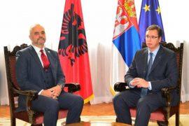 Blerja e Telekom Albania nga Telekom Serbi, ndërhyn Vuçiç: Do flas me Ramën për ta zgjidhur çështjen