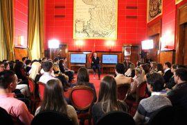"""Rama: Nga """"shqiptarët dembelë duan punë vetëm në shtet"""" në """"hajde punoni në shtet"""""""