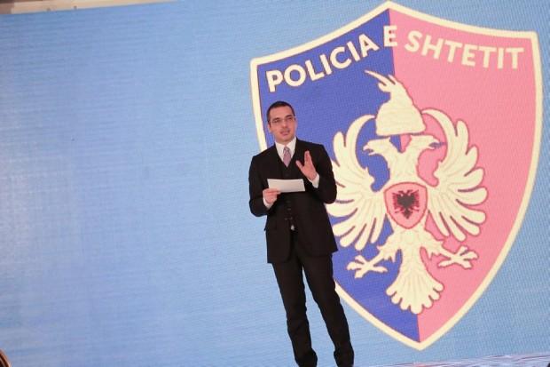 Ministri Tahiri: 23 për qind e efektivëve të policisë në ndjekje penale