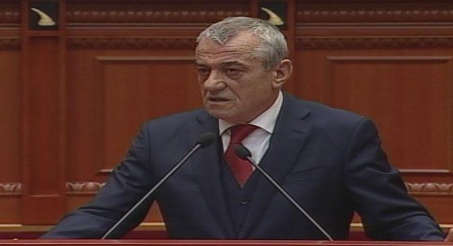 Institucionet e vettingut, Parlamenti shkel Kushtetutën dhe injoron ONM-në