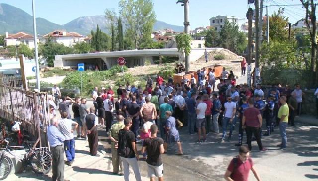Prishja e banesave në Shkozë: arbitraritet dhe shkelje e të drejtave të njeriut