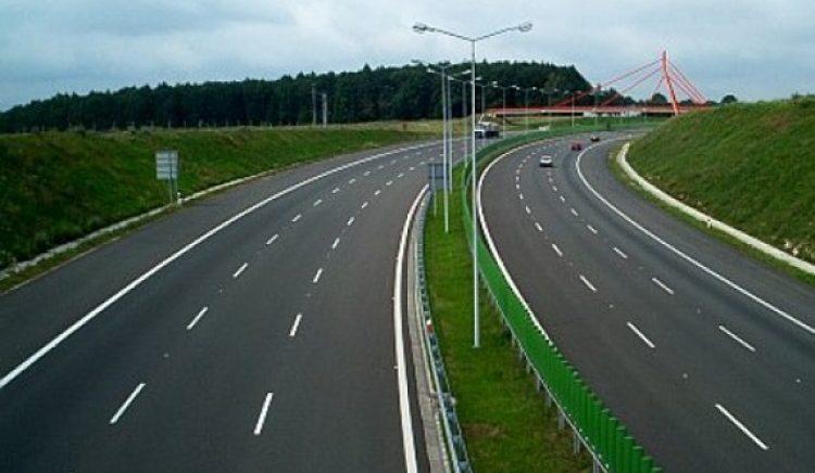Qeveria drejt dhënies së dy rrugëve me koncesion