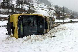 Stuhia përfshin Evropën Veriore, tre persona humbën jetën