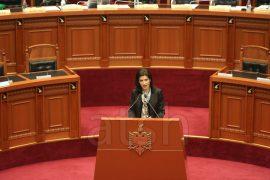 Ministraj Gjonaj kundër Arta Markut: Ekstradimi i Seitit është i ligjshëm