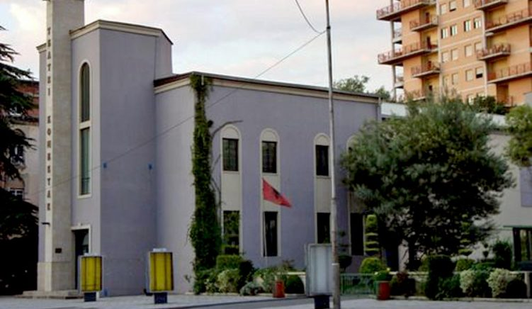 Dekreti i Metës për ligjin e Teatrit Kombëtar diskutohet në komision më 13 shtator