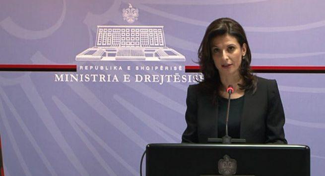 Nga arrestimi tek ekstradimi i Nezar Seitit – A po gënjen ministrja Gjonaj?