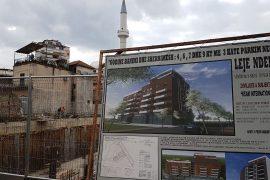Veliaj jep leje për pallat në një zonë të vjetër të Tiranës