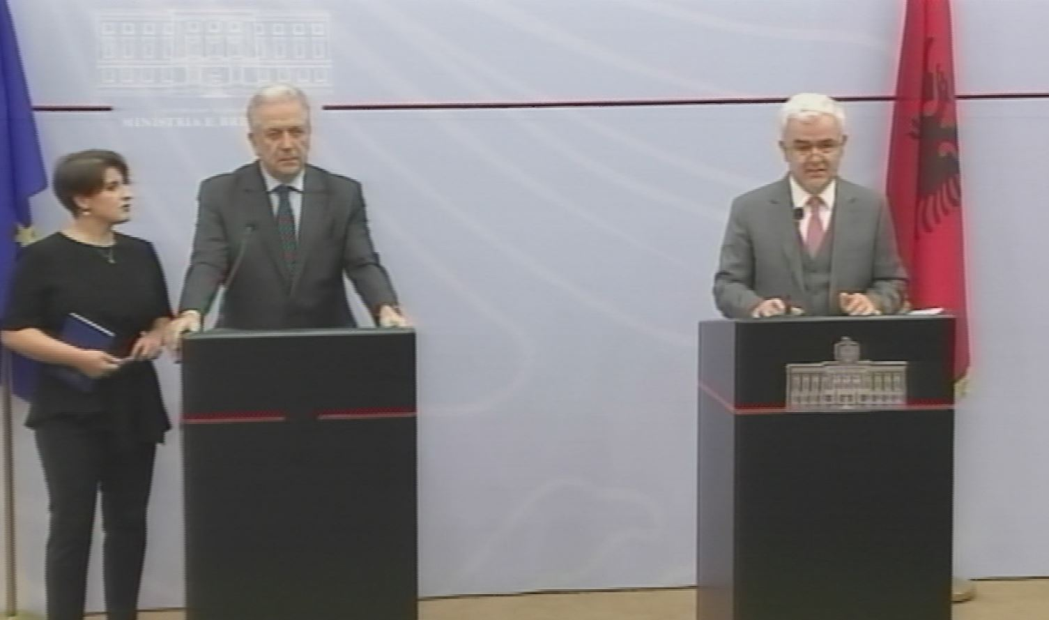 BE merr masa për emigracionin e paligjshëm shqiptar