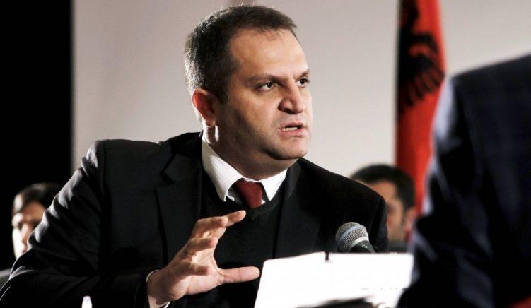 Shpend Ahmeti dorëhiqet nga Vetëvendosja