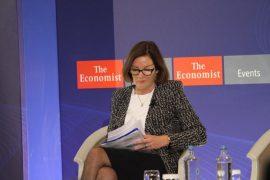 Hoey: Vendet e Ballkanit hapa mbrapa në zhvillimin e demokracisë – Pikat kryesore të intervistës