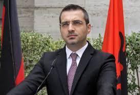 Presioni gjerman jep rezultatet e para, Saimir Tahiri dorëzon mandatin e deputetit