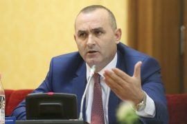 Një komision i pavarur nuk do të rikthejë kohën e humbur