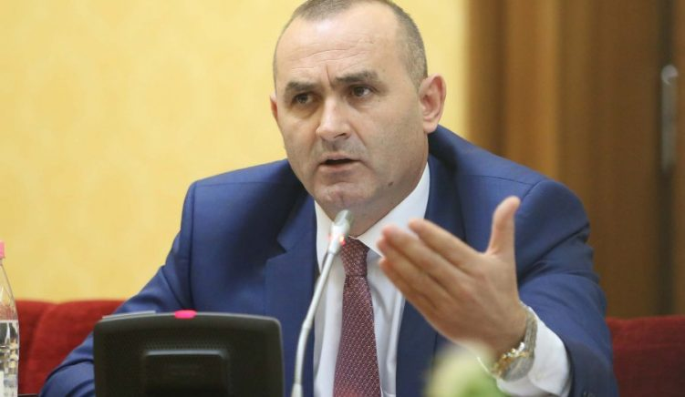 Rifillon punimet komisioni për shkarkimin e Presidentit, pas opinionit te 'Venecias'