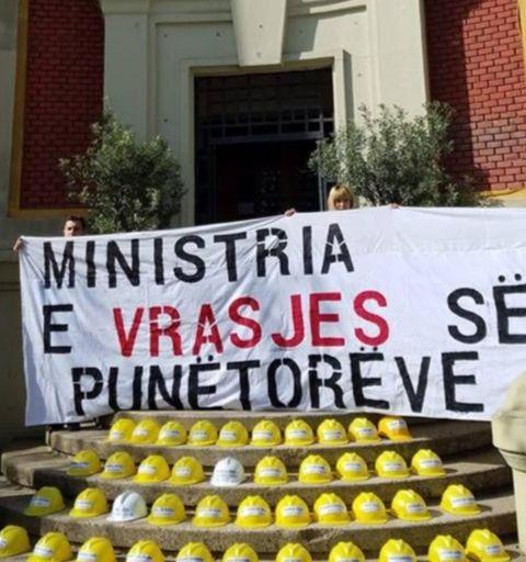 Dita Ndërkombëtare e Punëtorëve, Rama në panair, qytetarët protestë për minatorët