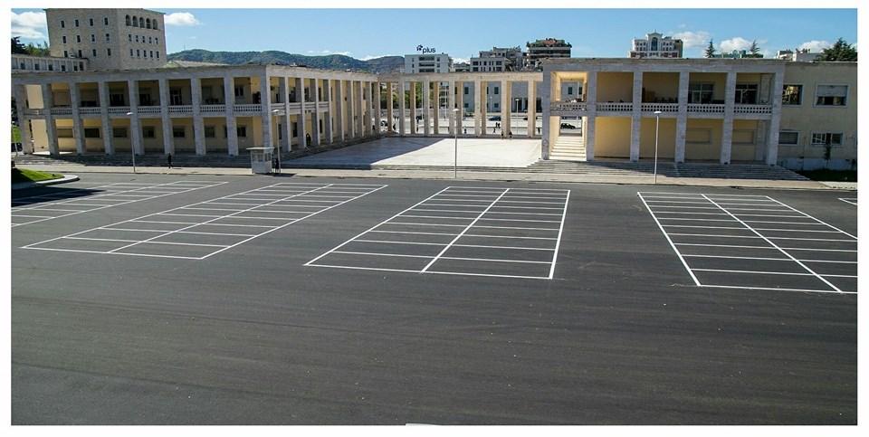Bashkia Tiranë: miliona euro në tendera të dyshimtë për parkimin nëntokësor në Sheshin Italia