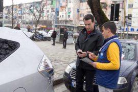 Veliaj do të japë me koncesion parkimet publike të Tiranës, me anë të një procedure tinëzare