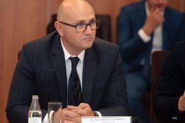 Dorëhiqet drejtori i OST-së pas skandalit me DH Albania