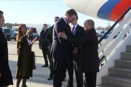 Putin dhe Vuçiç bisedojnë për Kosovën në Beograd