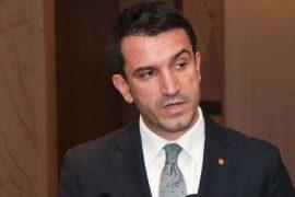 Kryebashkiaku Veliaj kërcënon kompanitë e transportit publik me heqje license nëse nuk fillojnë punë