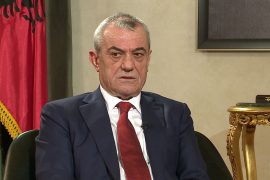 Kryetari Gramoz Ruçi anulon seancën e parlamentit para protestës
