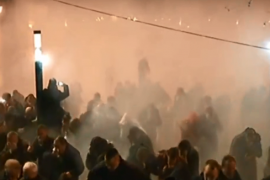 Opozita në protestë pas seancës së papritur të thirrur nga Kryetari Ruçi