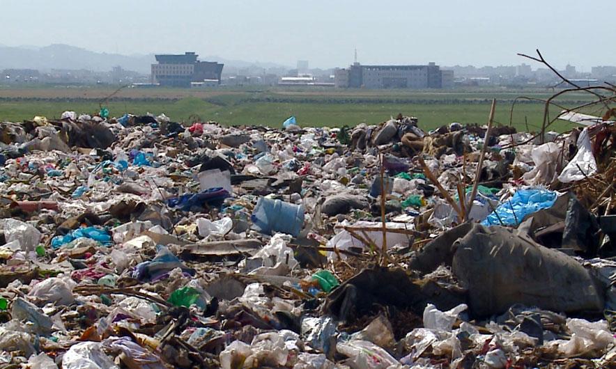 Bashkia Durrës harron pastrimin e fshatrave nga plehrat