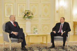 Banesat e Astirit  — Demokrati Rama përballë autokratit Alijev