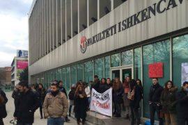 Fakulteti i Shkencave Sociale, pedagogët nisin grevën