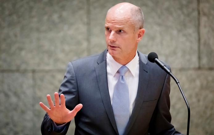 Ministri holandez: Komisioni Evropian do të hetojë shkeljet për Air Albania dhe Aeroportin e Vlorës