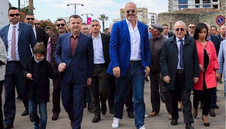 Festimet e Ditës së Verës në shërbim të propagandës të Kryeministrit