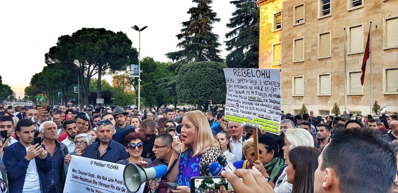 Avokati i Popullit rekomandon rinovimin e lejes së qëndrimit për gazetaren Alice Taylor