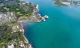 Mali i Zi fajëson Shqipërinë për rënien e sasive të peshkut në liqenin e Shkodrës
