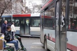Durrës- Rreth 12 mijë persona me aftësi të kufizuar, asnjë mjet transporti publik i përshtatur