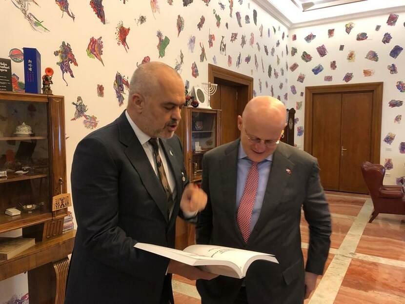 Ministri holandez i Sigurisë i kërkon Shqipërisë të luftojë krimin e organizuar