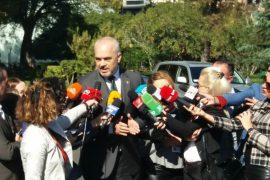 Qeveria i jep televizioneve private miliona euro në prag të zgjedhjeve