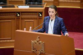 Rudina Hajdari përshëndet vendimin e PD-së