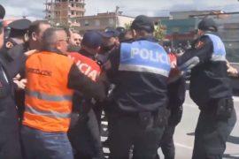 Prokuroria kërkon arrest me burg për tre protestuesit e Astirit