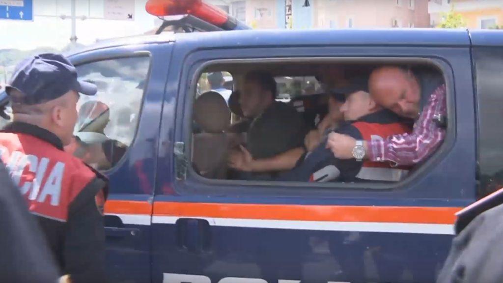 Policia arreston 5 qytetarë të zonës së Astirit