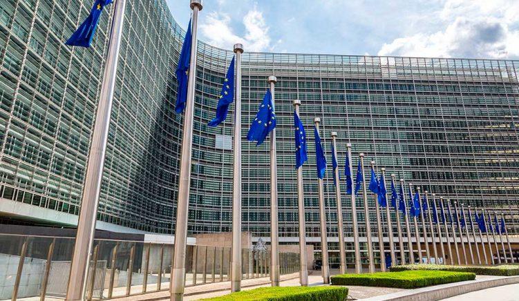 Draft-vendimi i BE-së: Të hapen negociatat me Shqipërinë dhe Maqedoninë e Veriut