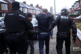 CNN: emigrantët shqiptarë detyrohen të merren me drogë në Britani