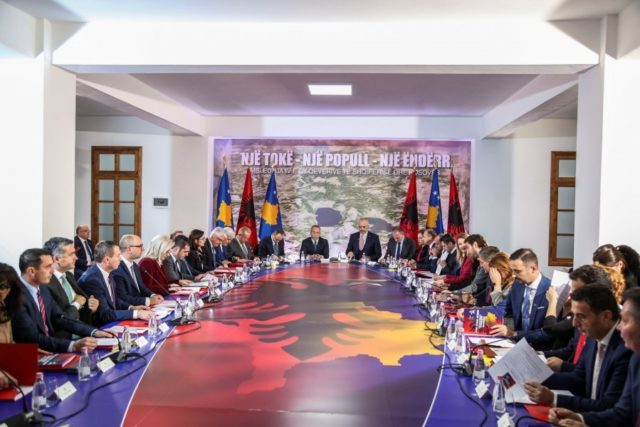 Kosova paralajmëron taksa ndaj Shqipërisë