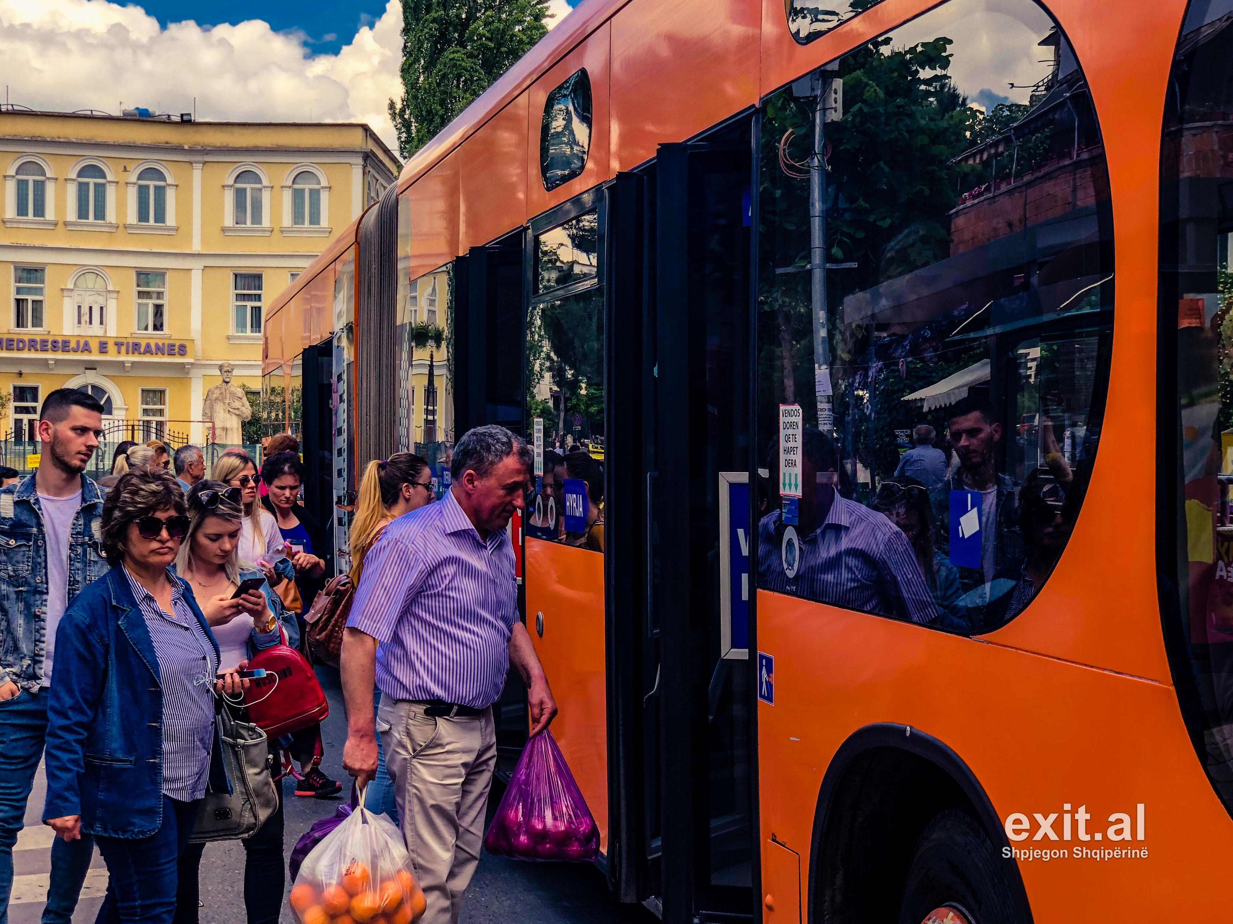 Shqipëria po plaket, në 5 vitet e fundit numri i pensionistëve u rrit me 12%