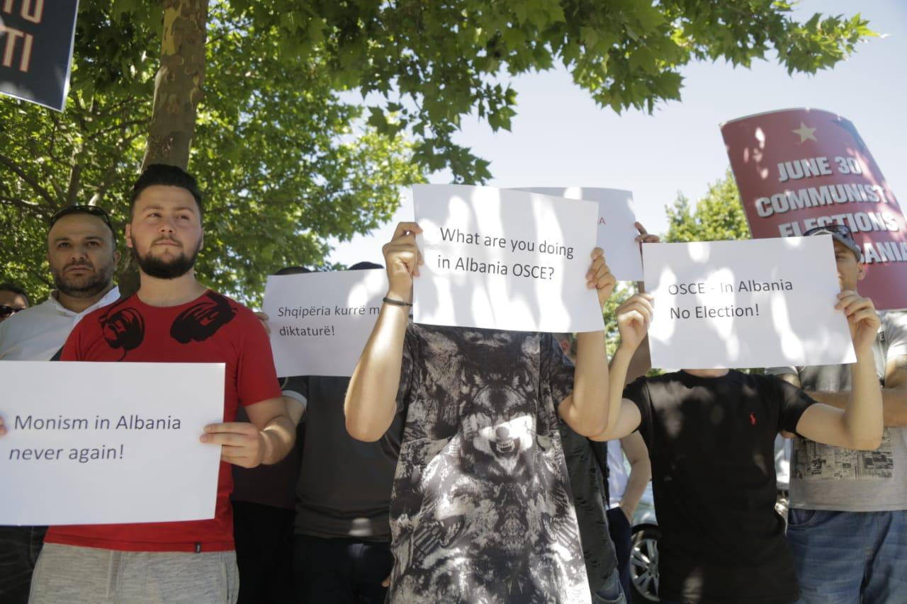 Shefja e misionit të ODHIR anullon vizitën në një qendër votimi në Tiranë