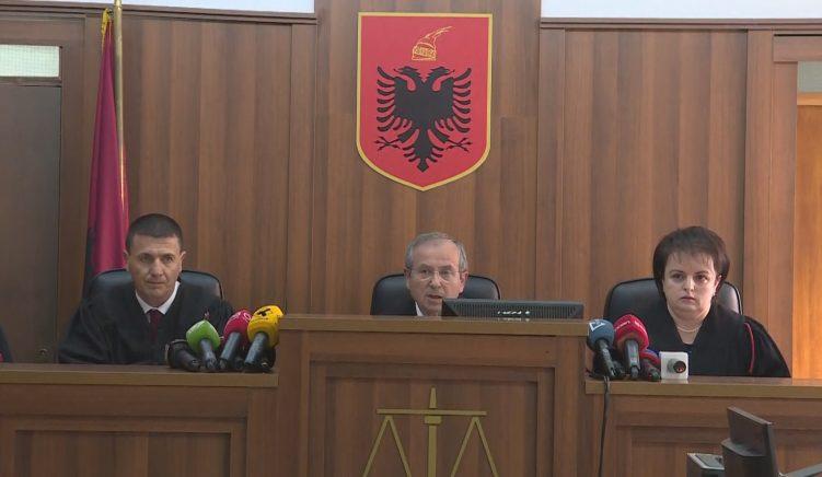 Kolegji Zgjedhor nuk ka kompetencë të gjykojë dekretin e Presidentit Meta